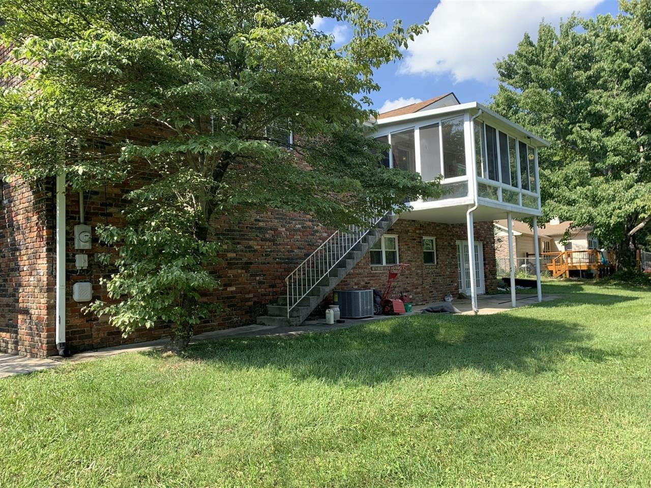 9836 Bob Gray Rd, Knoxville, TN 37923