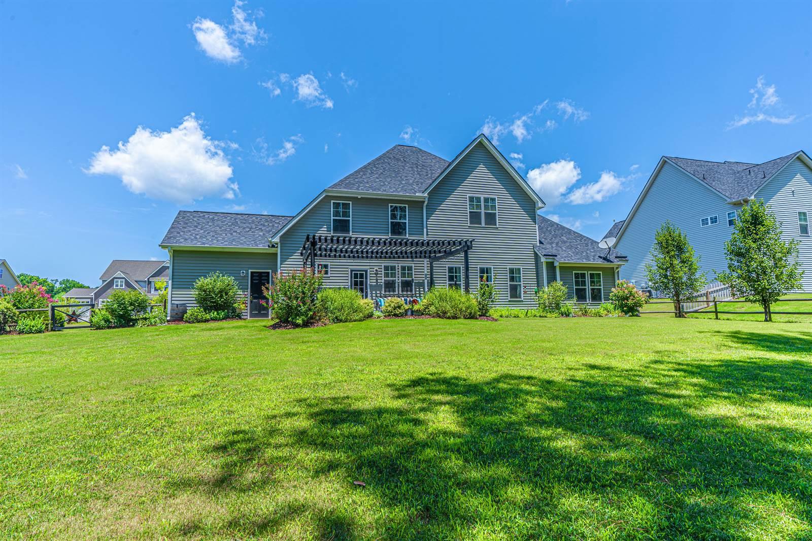 199 Farmhouse Lane, Carthage, NC 28327
