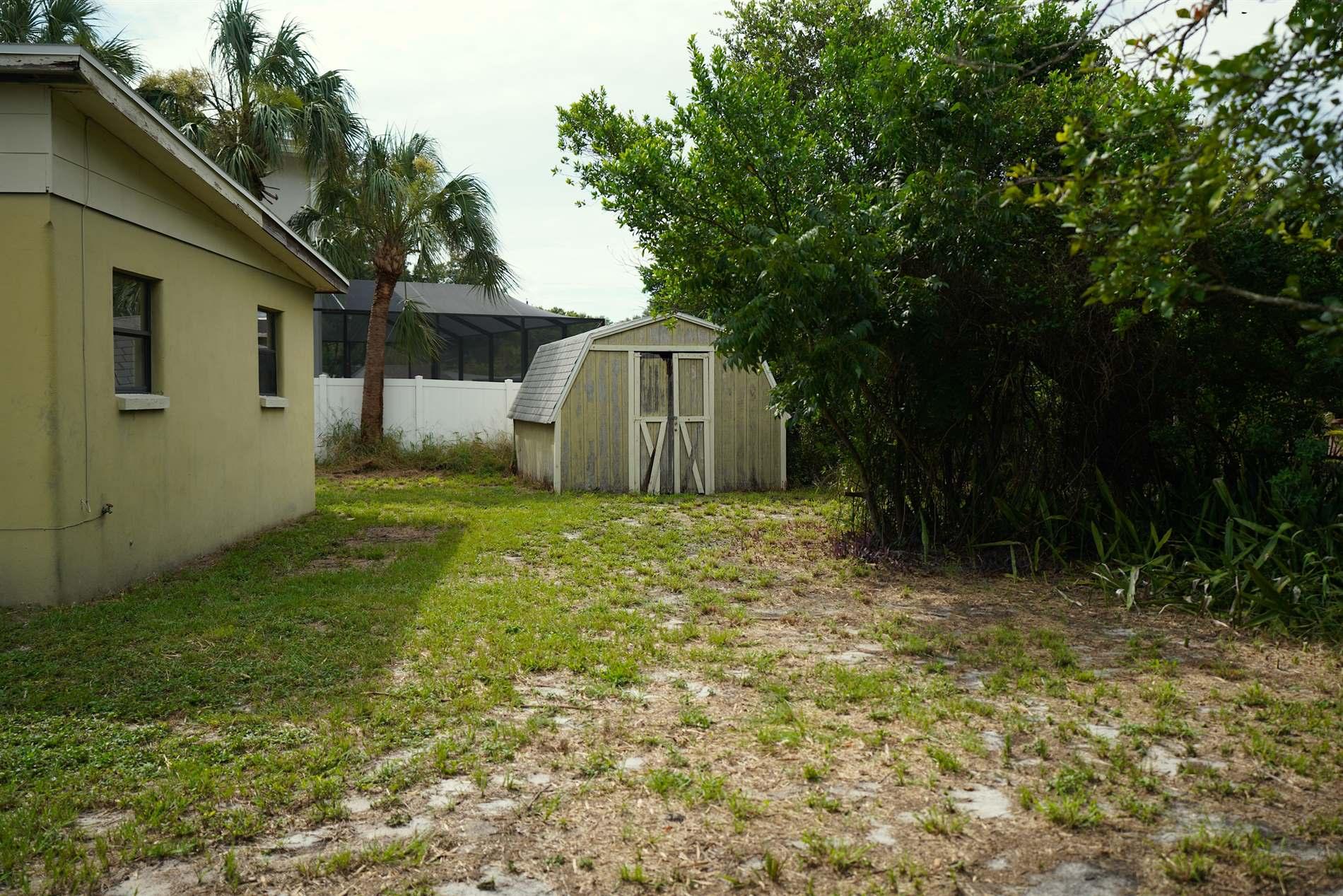 2909 West Elrod Avenue, Tampa, FL 33611