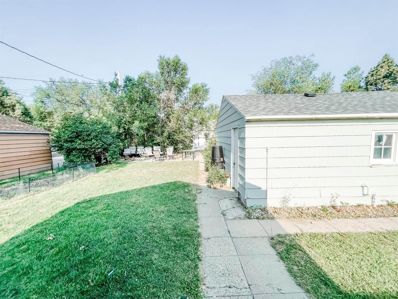 527 11th Ave West, Williston, ND 58801