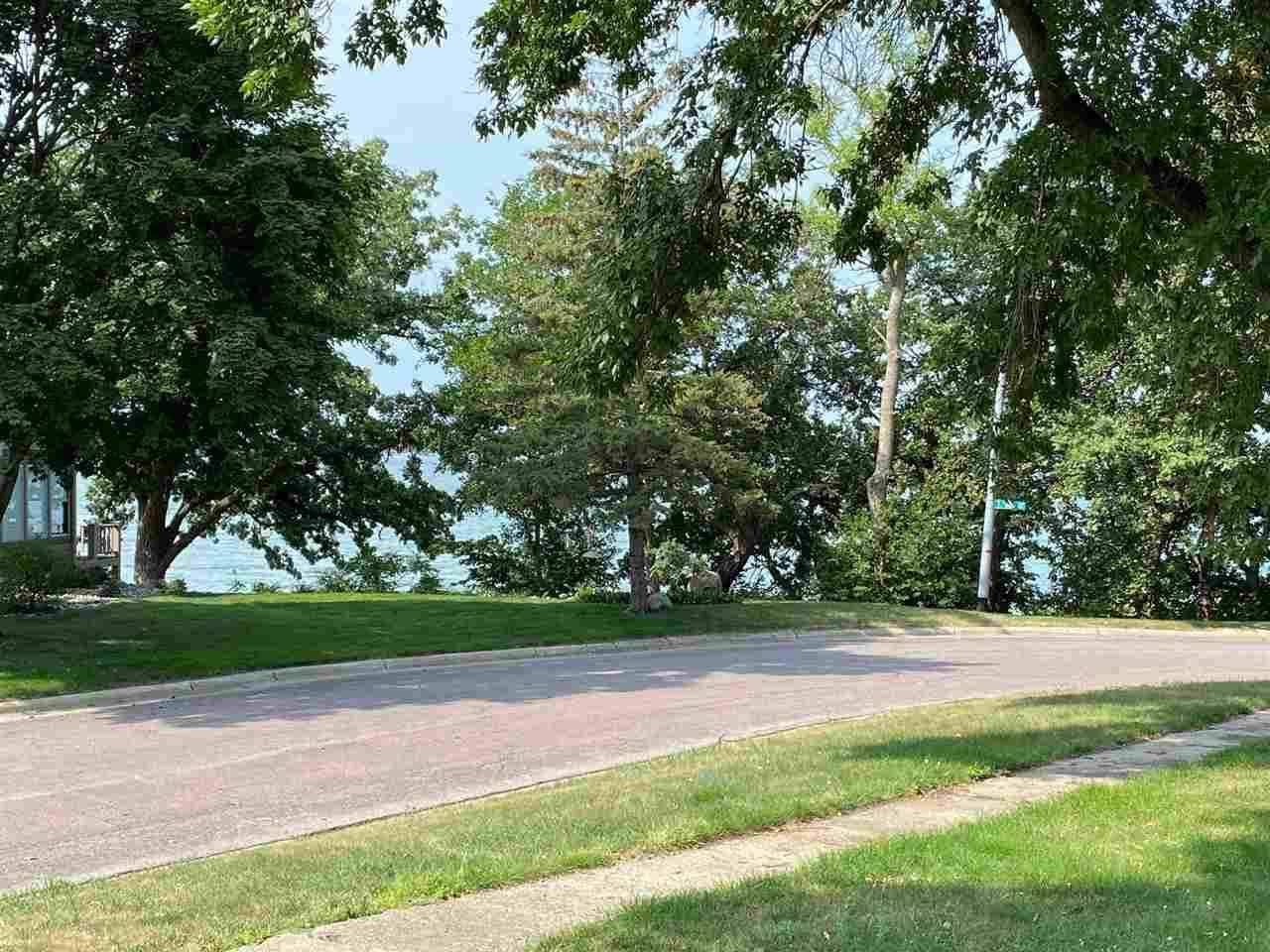 206 Chestnut, Lake Park, IA 51347