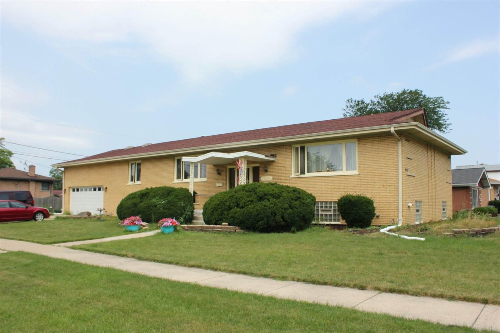 7950 McVicker Avenue, Burbank, IL 60459