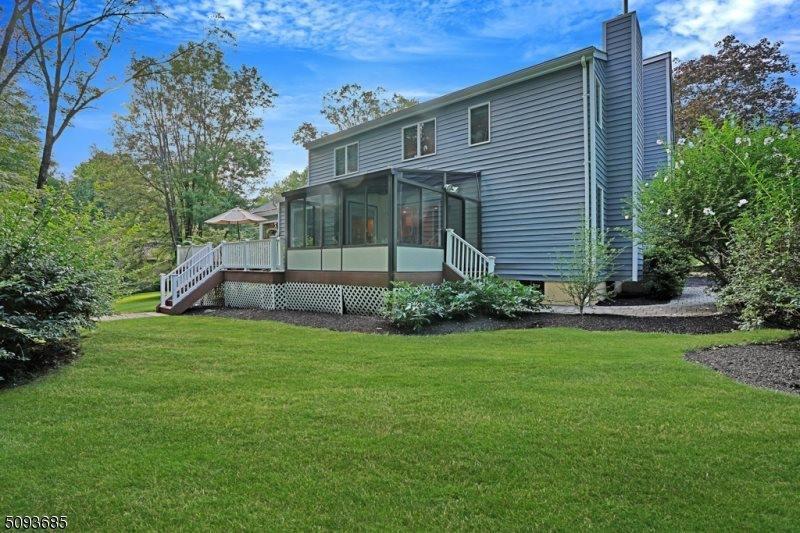 3 Sunny Slope Drive, Warren Township, NJ 07059