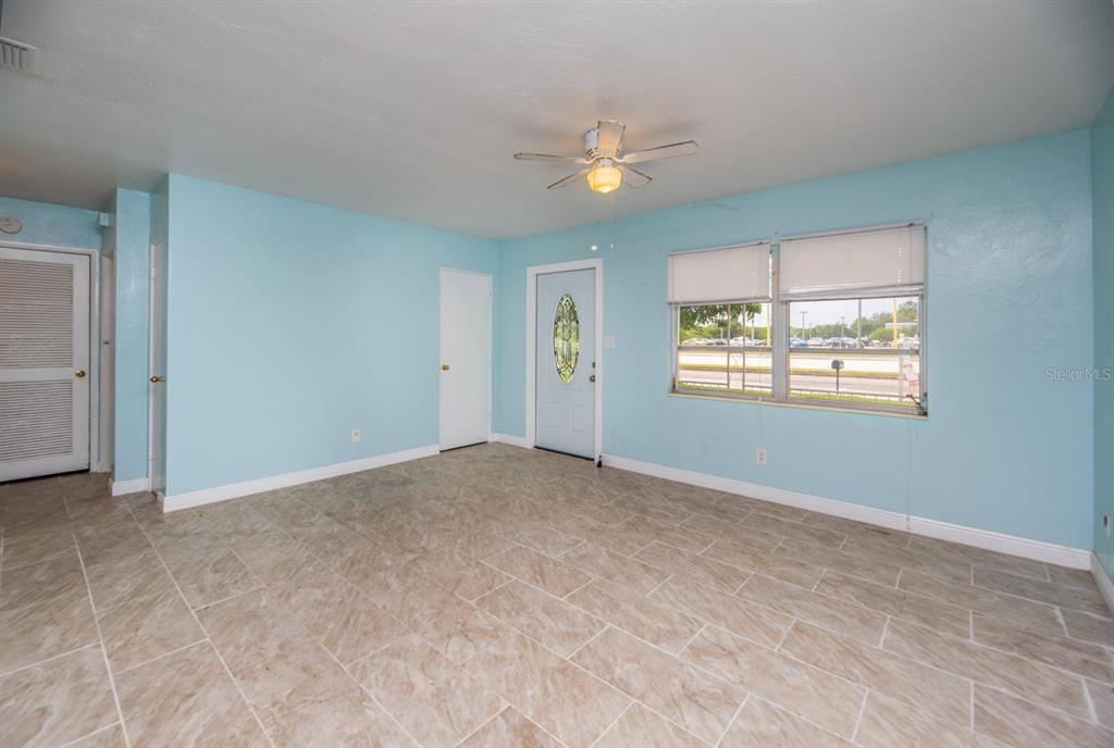 8319 74TH Avenue North, Seminole, FL 33777