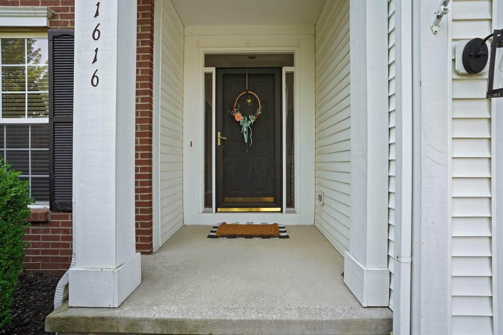 1616 Aniko Avenue, Lewis Center, OH 43035