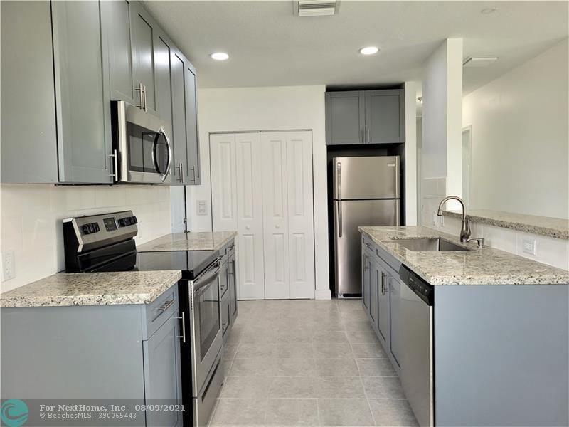 641 North 69th Way, Hollywood, FL 33024