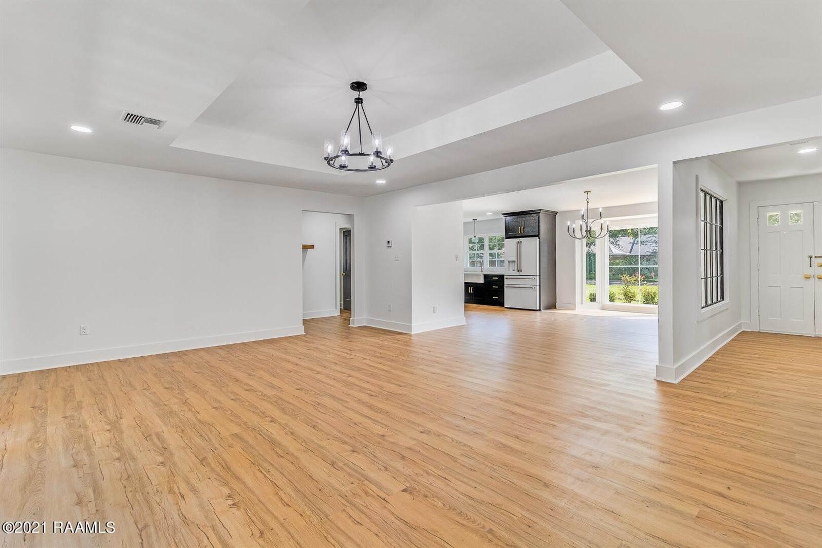 104 Stephanie Avenue, Lafayette, LA 70503