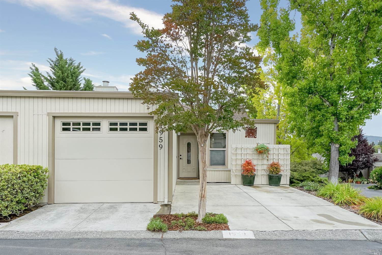 1959 Knolls Drive, Santa Rosa, CA 95405