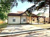 928 Arizona Ave, Wake Village, TX 75501
