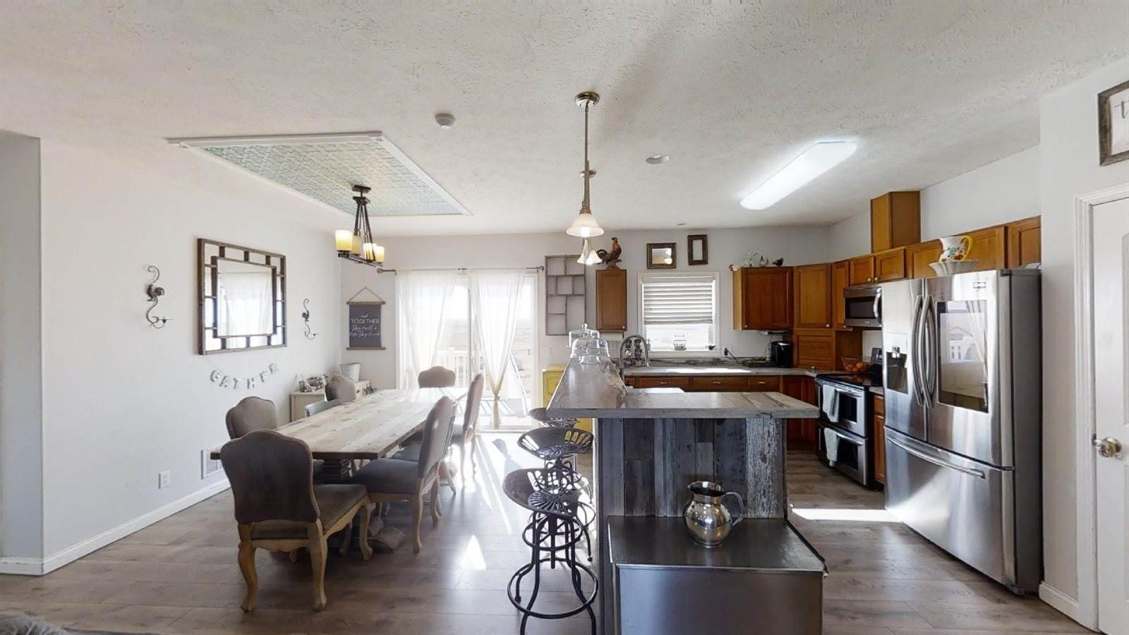 14751 Mortenson St, Williston, ND 58801