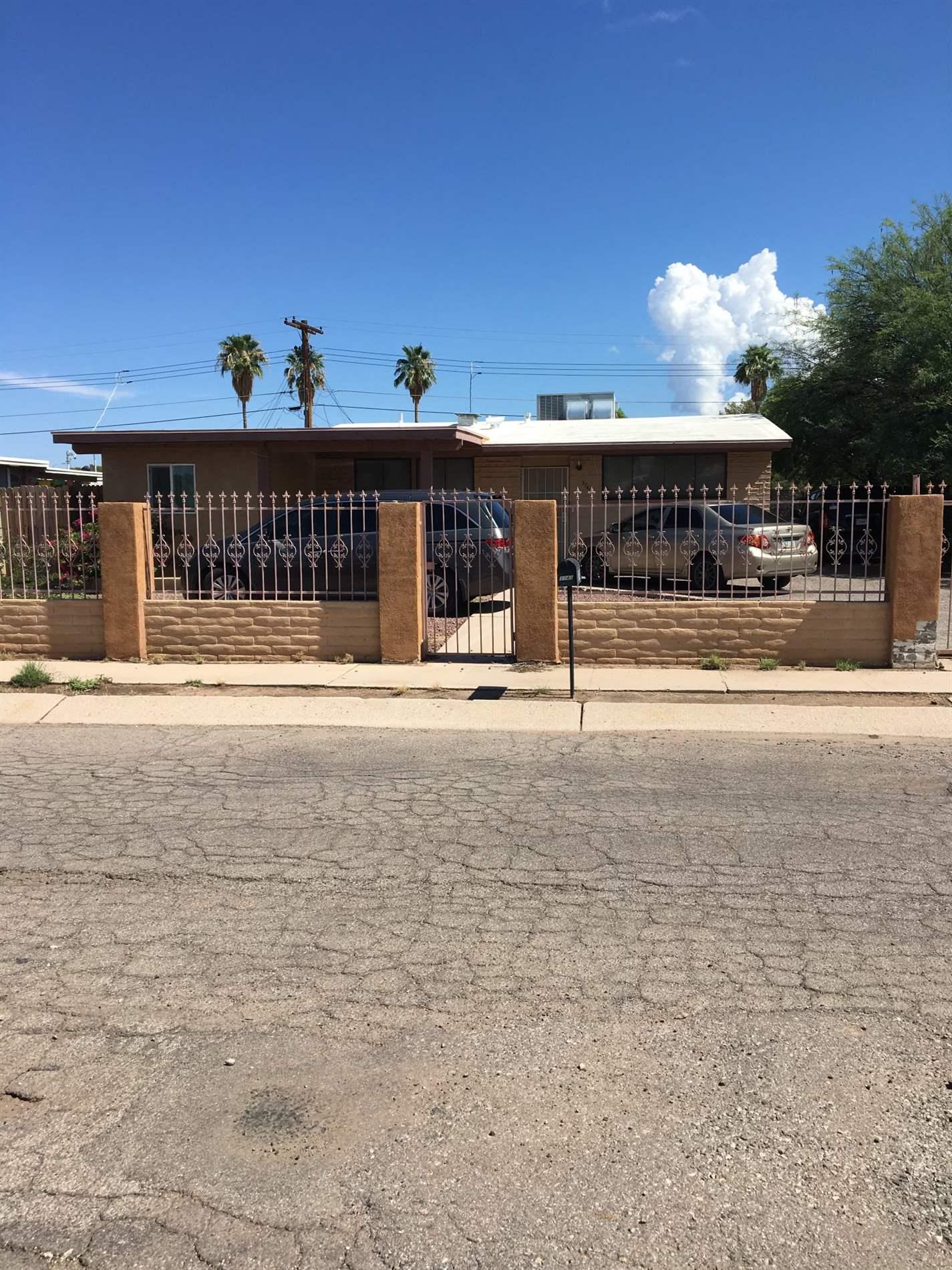 3743 E Sylvane St, Tucson, AZ 85713
