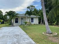 5118 SE Driftwood Avenue, Stuart, FL 34997