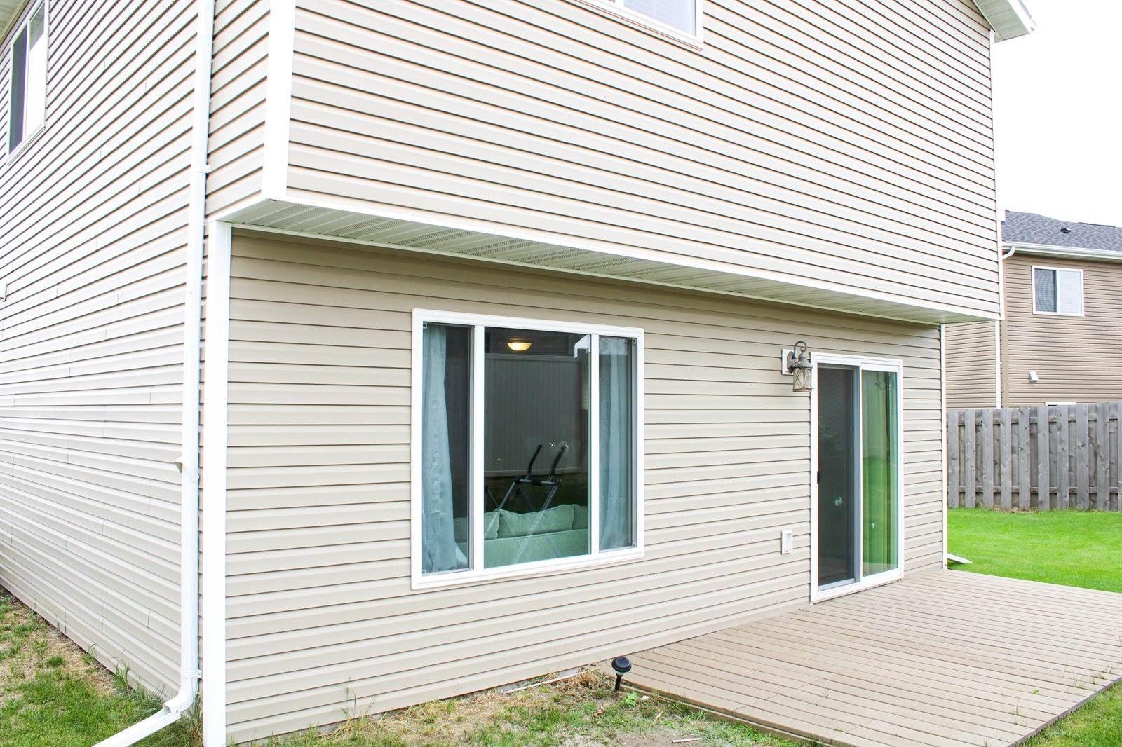 1130 Madison Lane, Bismarck, ND 58503