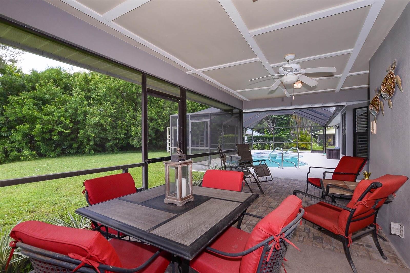 2530 NE Pinecrest Lakes Boulevard, Jensen Beach, FL 34957