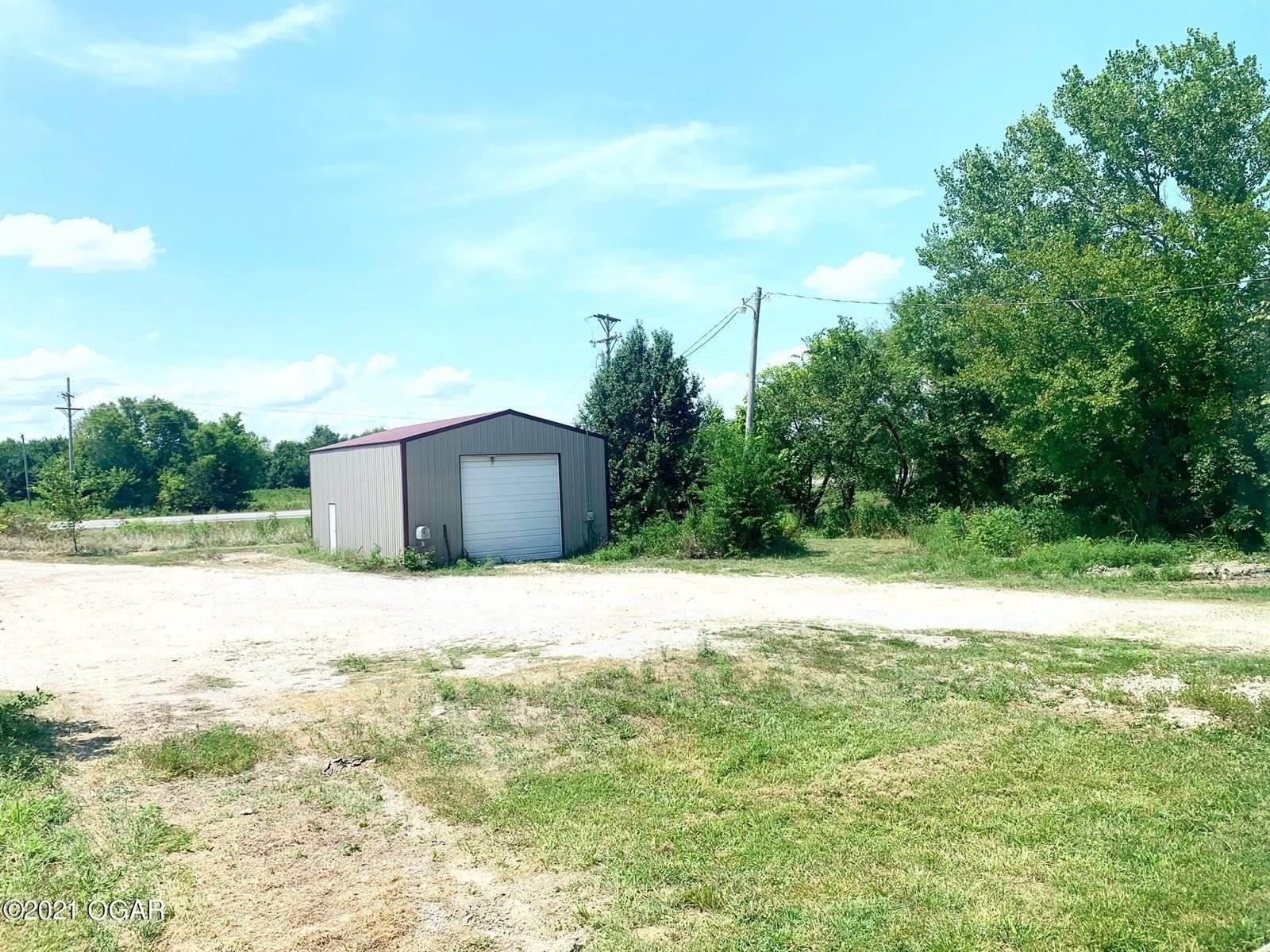 9802 Highway 43, Webb City, MO 64870