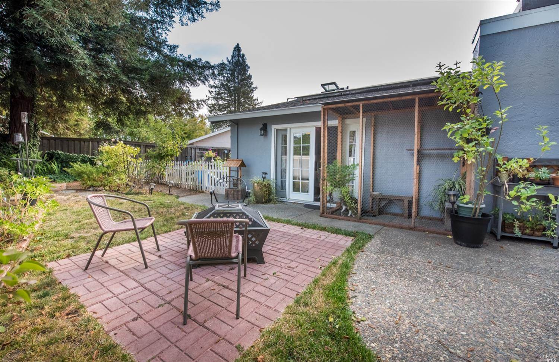 2423 San Pedro Place, Santa Rosa, CA 95401