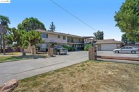 15565 Tracy St, San Lorenzo, CA 94580