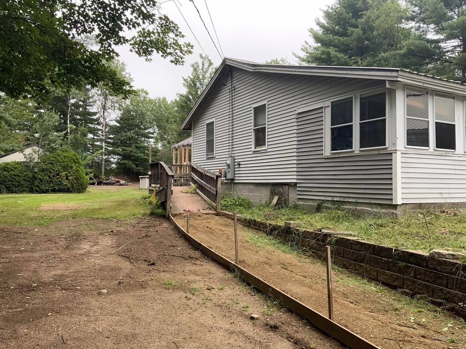 27 Ricker Lane, Waterboro, ME 04087