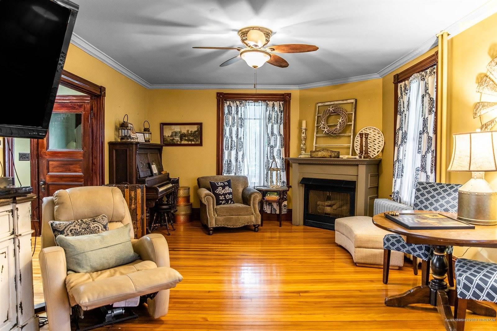 16 Sebasticook Avenue, Newport, ME 04953
