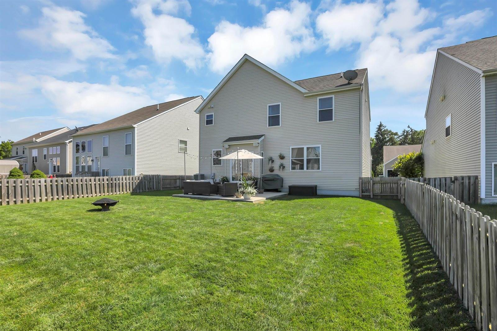 5870 Tully Cross Drive, Galloway, OH 43119