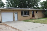411 SW 16th Ave, Minot, ND 58701