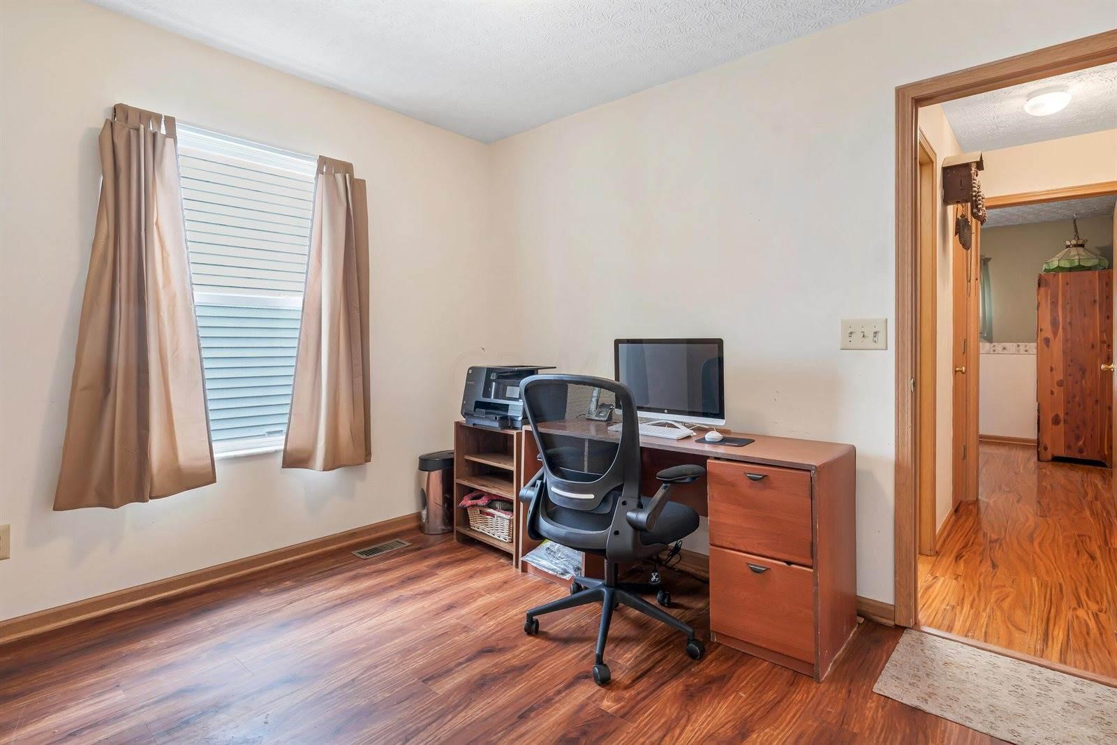 658 Arden Street, Lewis Center, OH 43035