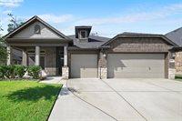 359 Westlake Terrace Drive, Conroe, TX 77304