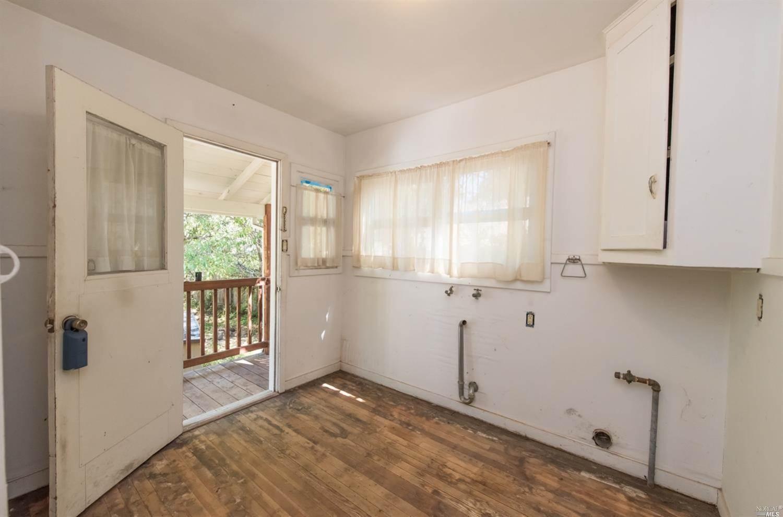 219 Hewett Street, Santa Rosa, CA 95401