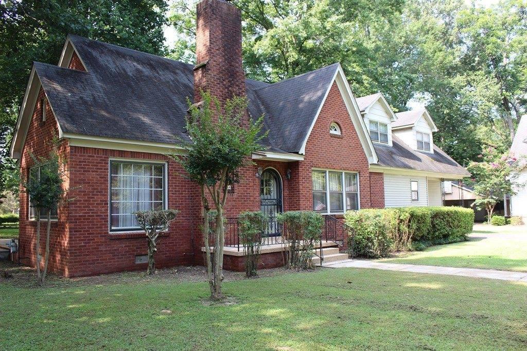 202 Creek Drive, Batesville, MS 38606