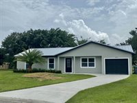 1074 SE Bethume Court, Port Saint Lucie, FL 34952