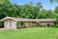 13829 East El Bonito, Ocean Springs, MS 39564