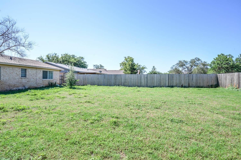 7416 Globe Avenue, Lubbock, TX 79404