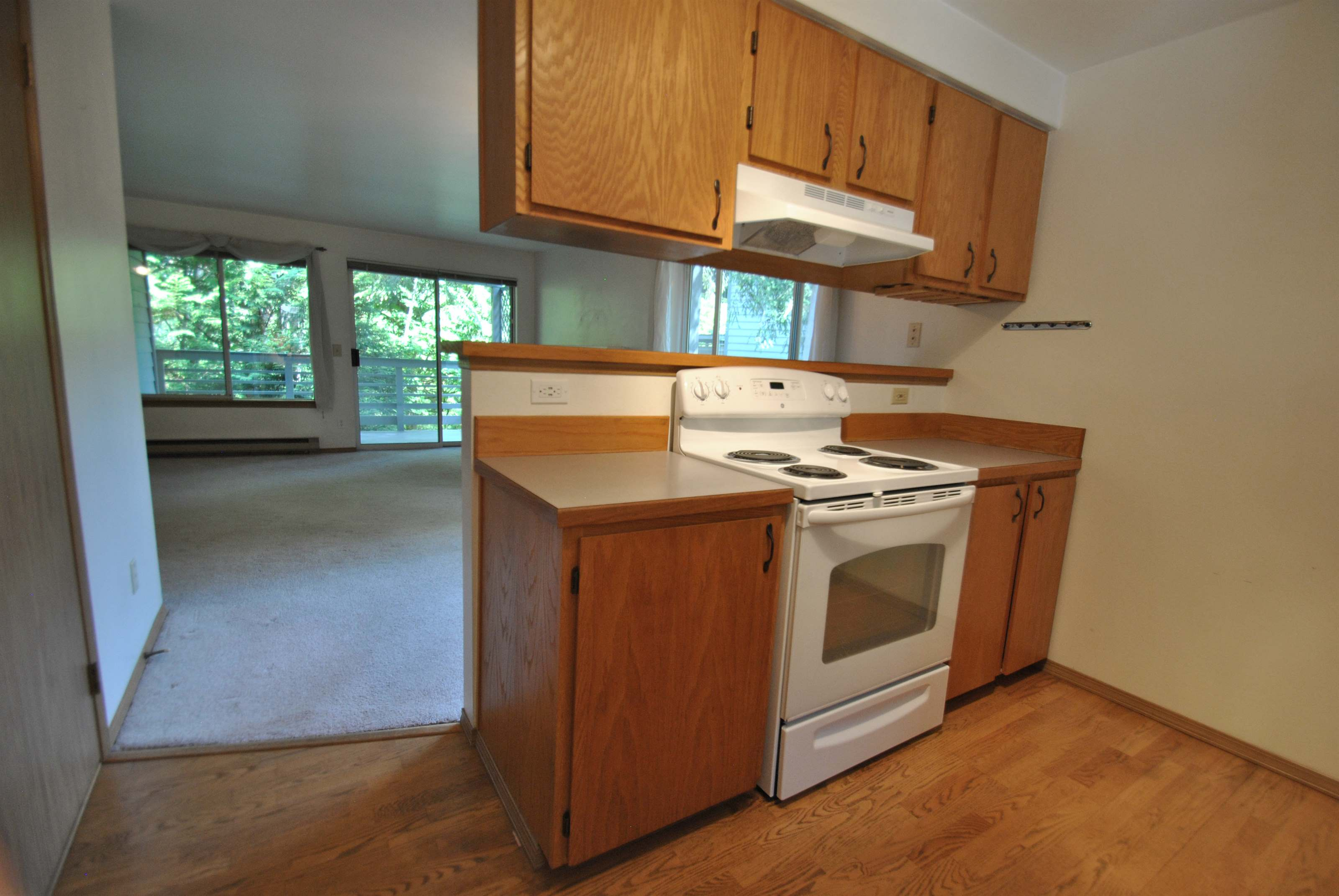 9816 NE 142nd Place, #E202, Kirkland, WA 98034