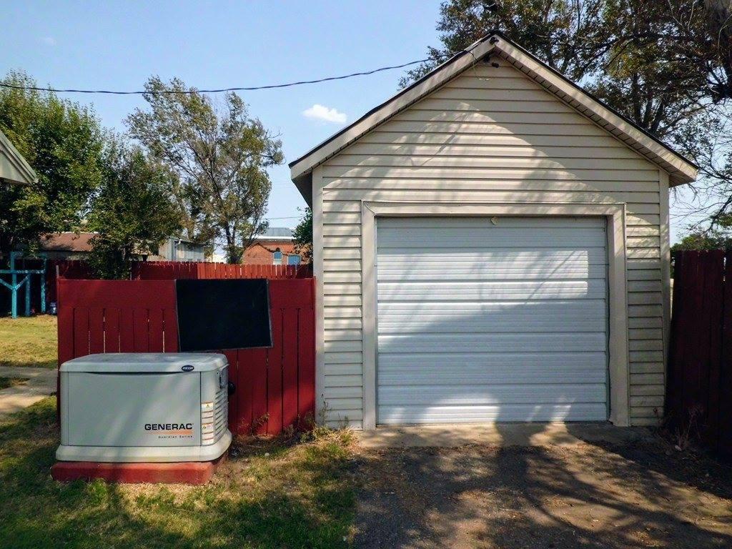 130 Mary Ave, Utica, KS 67584
