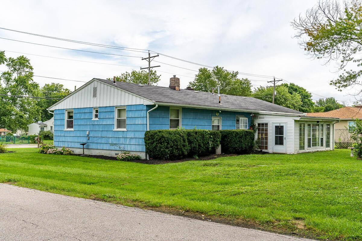 2401 Charlemagne Street, Grove City, OH 43123