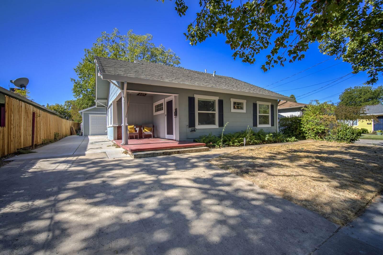 209 Elm Street, Roseville, CA 95678