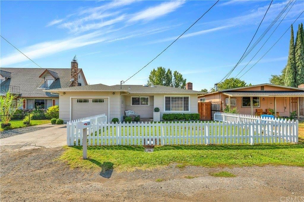 325 17th Street, Lakeport, CA 95453