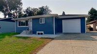 515 Ingals Avenue West, Bismarck, ND 58504