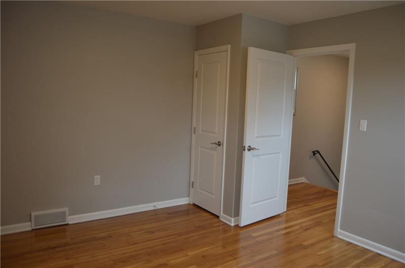 1700 Trinity St, Stanton Heights, PA 15026