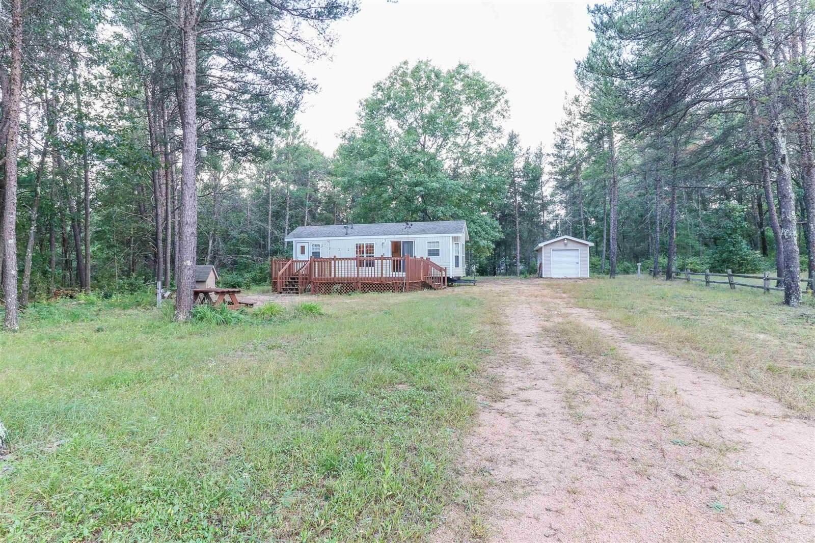 439 Sir Winston Trail, Nekoosa, WI 54457