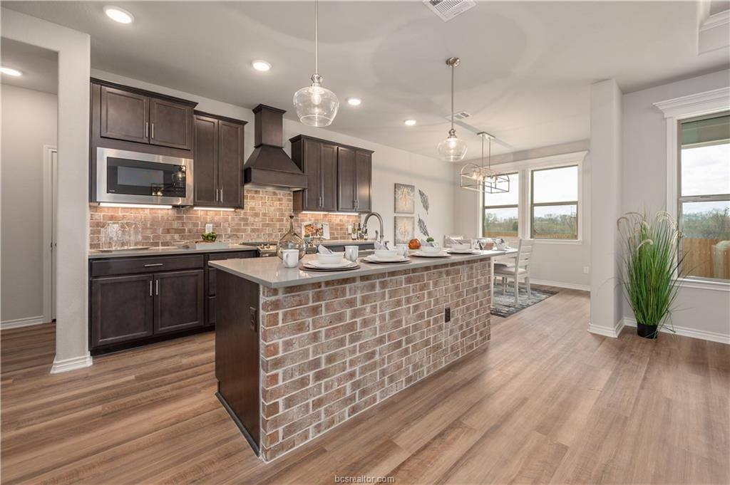 3900 Brownway Court, College Station, TX 77845