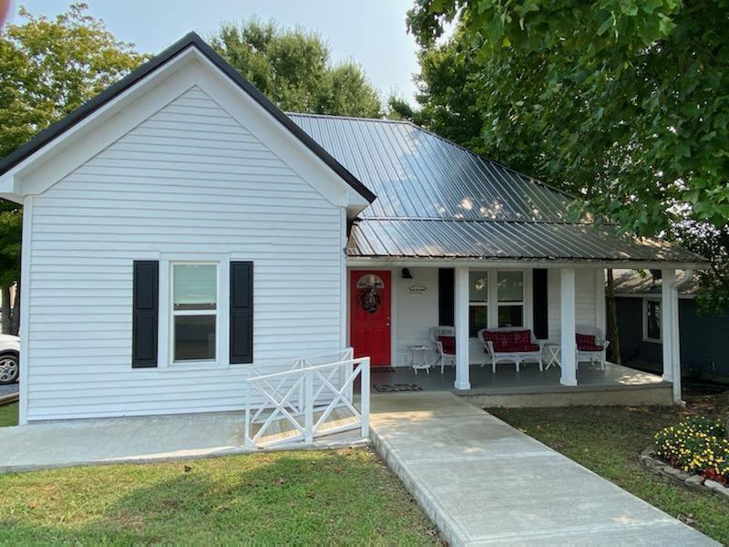 306 North Cherokee St, LaFayette, GA 30728