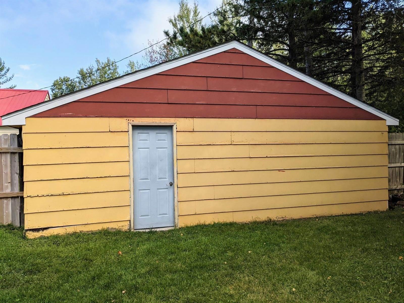 824 North Robin Avenue, Duluth, MN 55811
