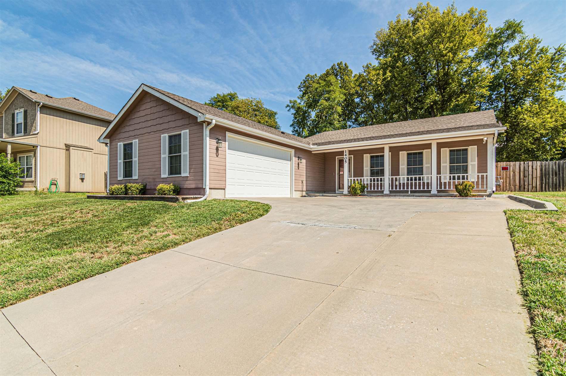 1405 Elm Creek, Junction City, KS 66441