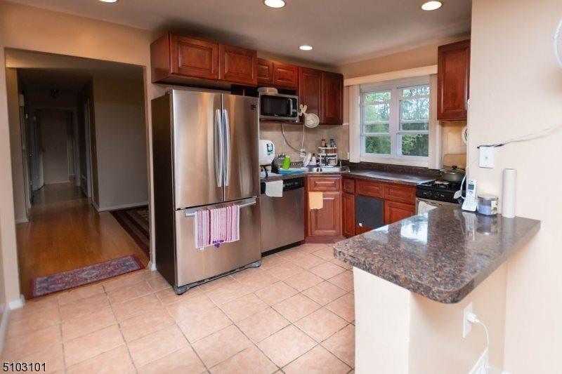 1270 Washington Valley Rd, Bridgewater Township, NJ 08807