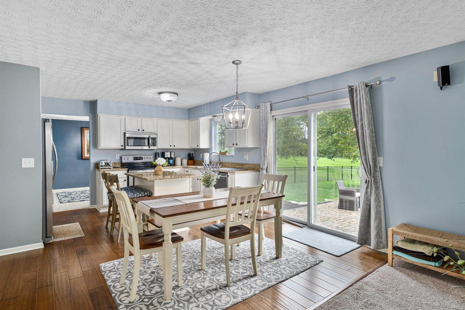 7998 Glenmore Drive, Powell, OH 43065