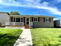 2313 8th Ave East, Williston, ND 58801