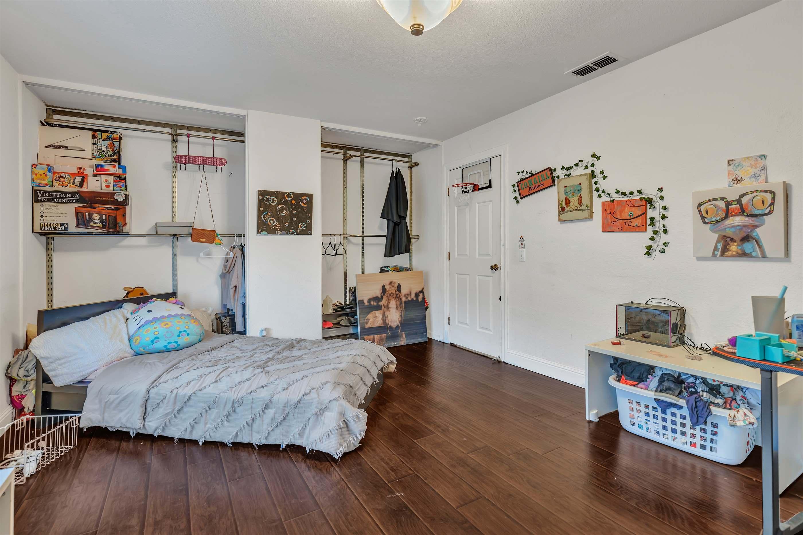 854 Fernbrook Court, Vacaville, CA 95687