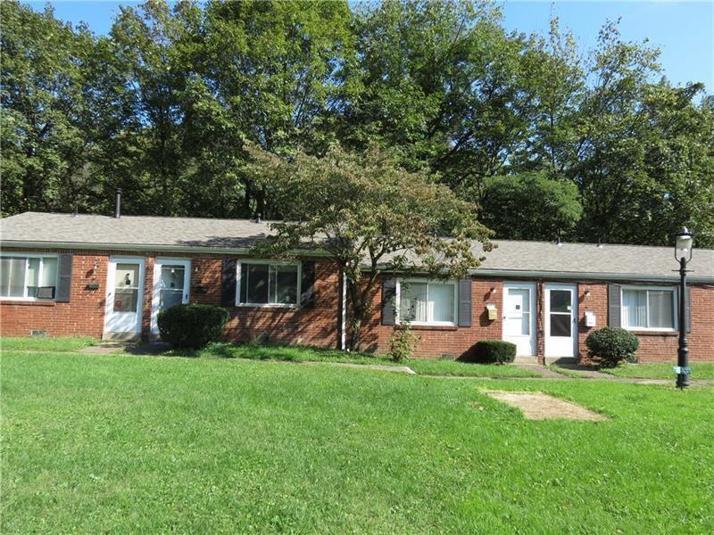1 Pennridge Ct, Penn Hills, PA 15235