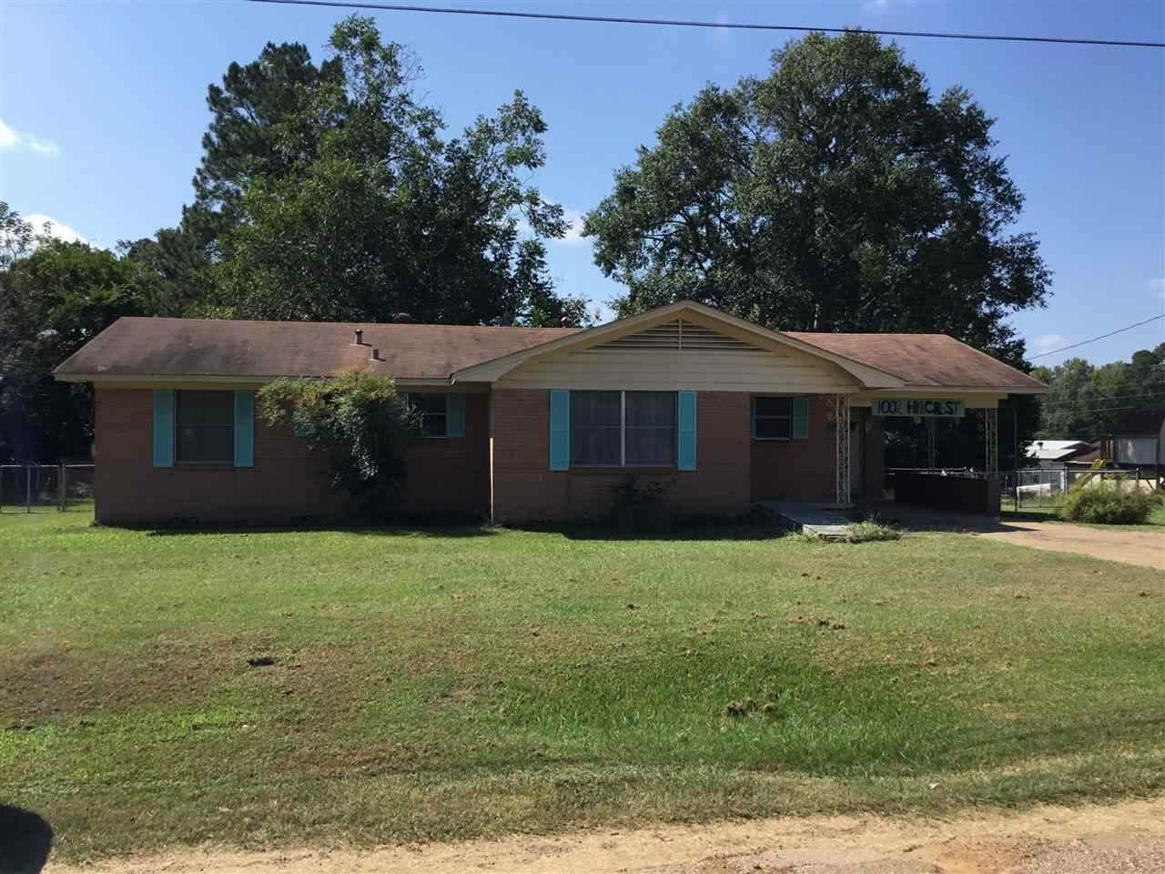1002 Hillcrest, Linden, TX 75563